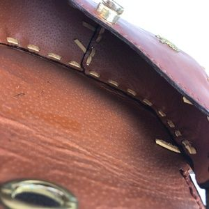 Vintage Bags - VTG Hand Tooled Leather Satchel Purse Gold Lions